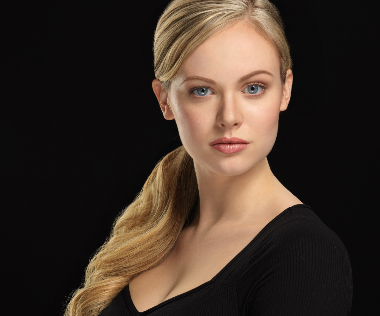 Actress headshot of Meghan Roberts